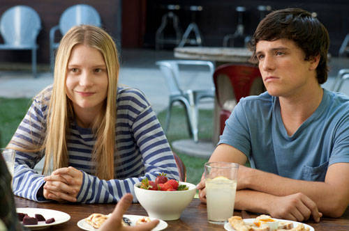 Mia Wasikowska (Joni) and Josh Hutcherson (Laser)